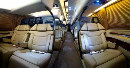Club-One-Bus-Indian-Luxurious-Bus-3