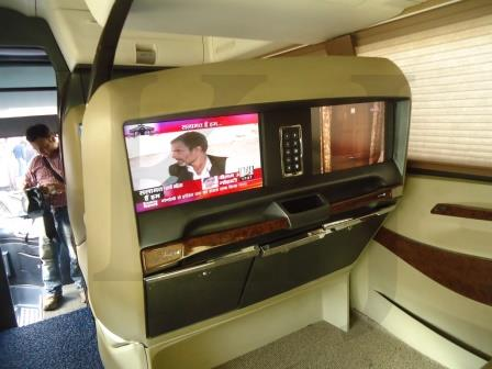 Club One Bus Indian Luxurious Bus (6)