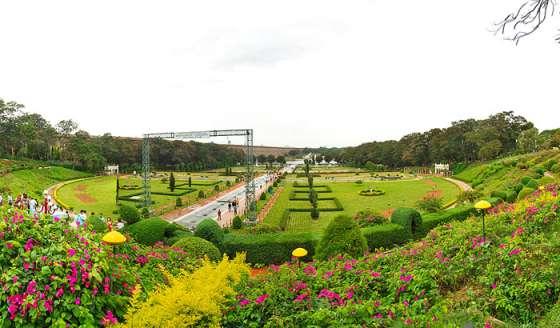 Places To Visit Near Bangalore-Brindavan-Gardens