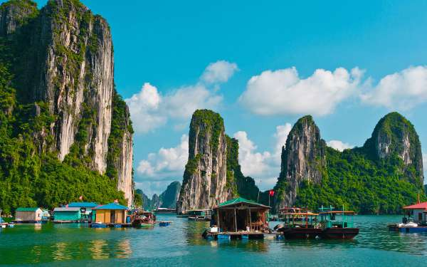 Amazing Most Beautiful Places In The World Halong Bay Vietnam