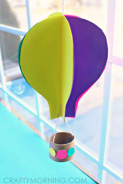 Fun-Crafts-for-Kids-DIY-Fun-Crafts-for-Kids-3D-hot-air-balloon-toilet-roll