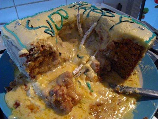 Hilarious-Funny-Cake-Fails-Nailed-It-9