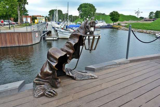 Amazing Sculptures in the world (11)
