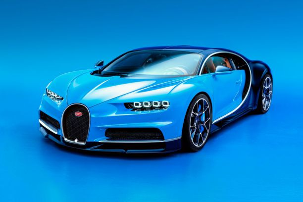 Fastest-Car-In-The-World-Bugatti-Veyron-Chiron-261mph-5