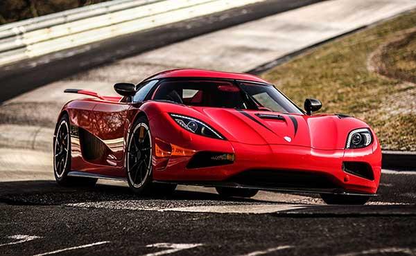 Fastest-Car-In-The-World-KOENIGSEGG-AGERA-R-273mph-1