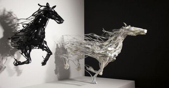 Sayaka-Ganz-Recycled-Art-horses