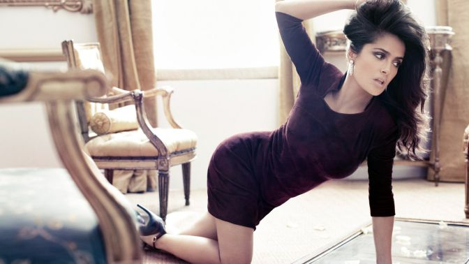 beautiful-curvy-actresses-hollywood-salma-hayek