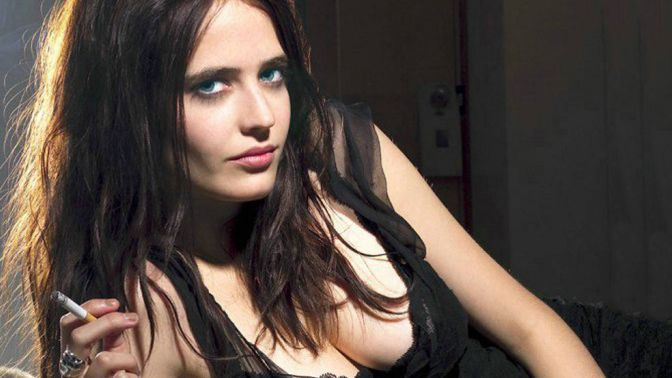 Bold-Actresses-Hollywood-Eva-Green-2