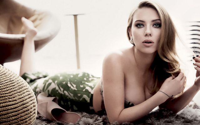 Bold Actresses Hollywood Scarlett Johansson 3