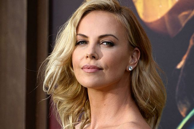 Famous-Celebrities-Who-Never-Married-Charlize-Theron