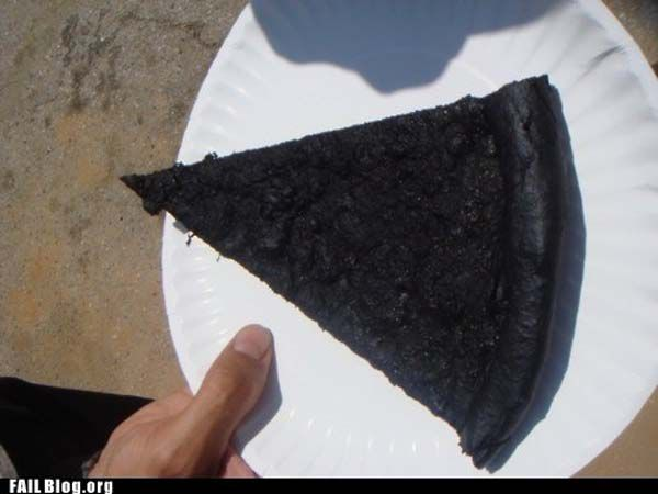 Funny-and-Hilarious-Cooking-Fails-Burnt-Pizza