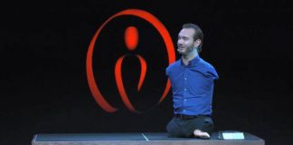 Nick Vujicic Life Without Limbs