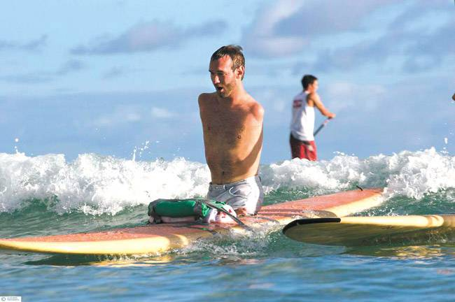 Nick Vujicic Life Without Limbs Surfing