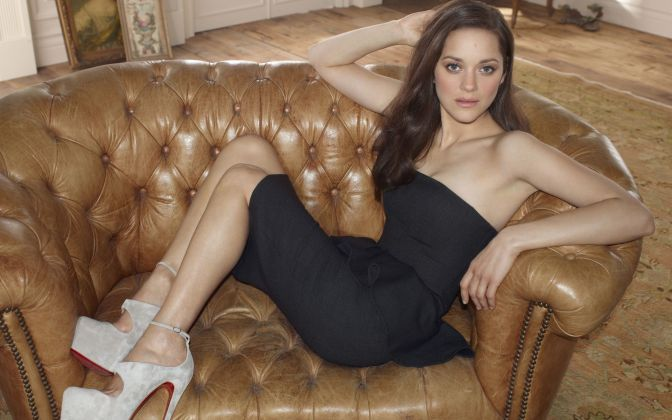 Sexiest-And-Hottest-Female-Villains-Talia-Al-Ghul-Marion-Cotillard-