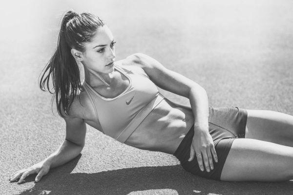 Sexiest-Athletes-Hottest-Women-In-Sports-Allison-Stokke