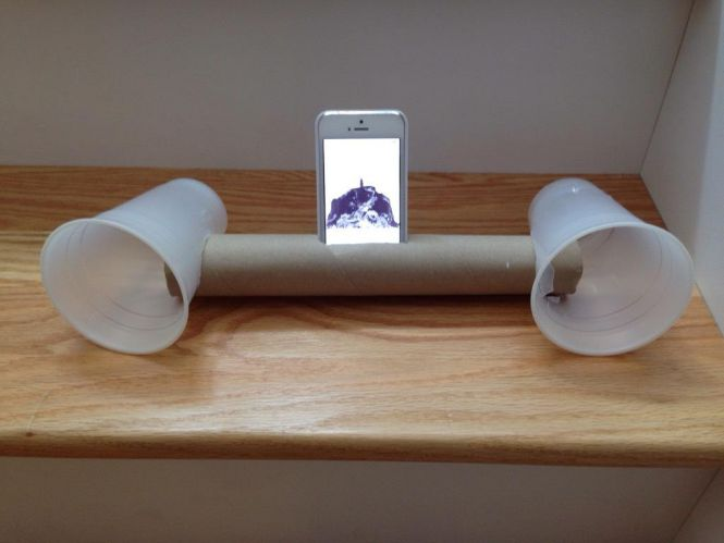 Top-10-Life-Hacks-Iphone-Speaker