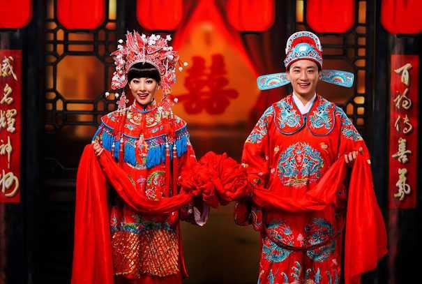 Traditional-Wedding-Attire-Around-The-World-China