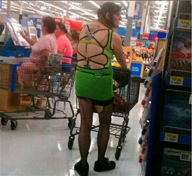 Weird-People-At-Walmart-6