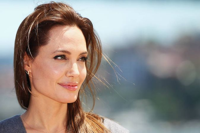 Celebrity-Drug-Addicts-Angelina-Jolie