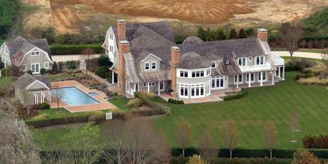 13 Famous Celebrity Mansions That Will Make You Jealous Of