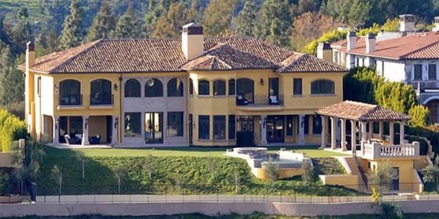 celebrity-mansions-kanye-west-kim-kardashian