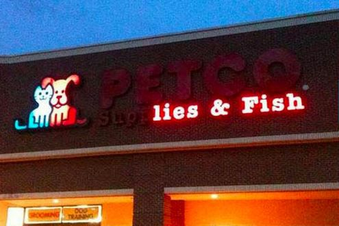 Funny-Neon-Signs-Fails-10