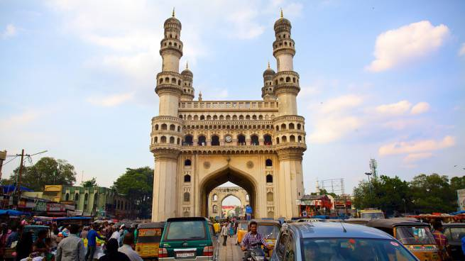 Historical-Places-In-India-Charminar