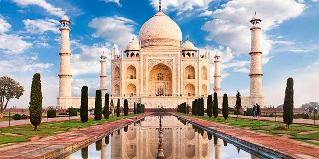 Historical-Places-In-India-Taj-mahal