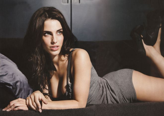 Hottest-Canadian-Women-Jessica-Lowndes