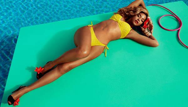 Hottest-Hollywood-Bikini-Bodies-Beyonce