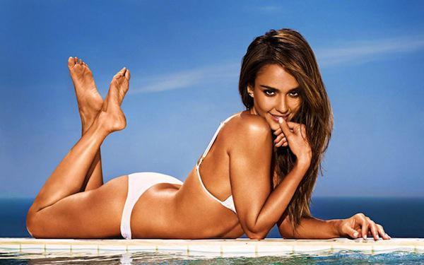 Hottest-Hollywood-Bikini-Bodies-Jessica-Alba