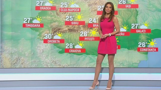 Sexiest-And-Hottest-Weather-Girls-Magda-Palimariu-4
