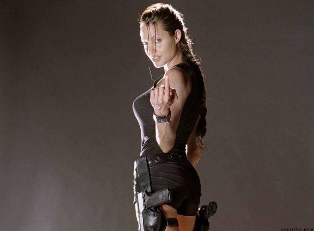sexiest-hottest-female-superheroes-angelina-jolie-lara-croft