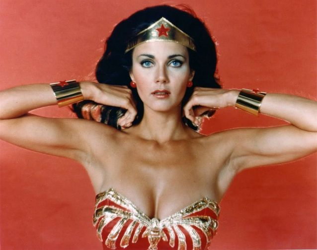 Sexiest-Hottest-Female-Superheroes-Lynda-Carter-Wonder-Woman