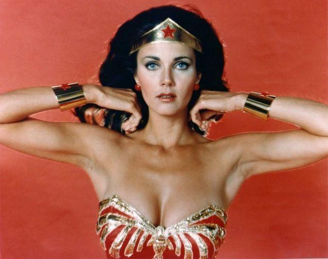 sexiest-hottest-female-superheroes-lynda-carter-wonder-woman