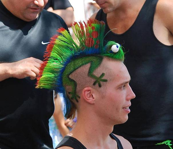 Crazy-And-Weird-Hairstyles-7