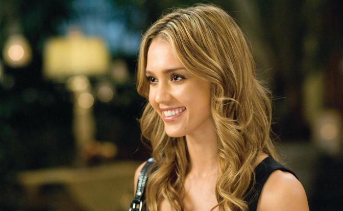 Cute-Hollywood-Actresses-Jessica-Alba