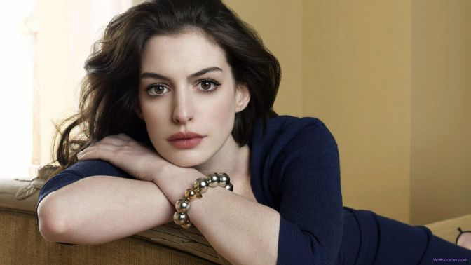 Cute-Hollywood-Actresses-anne-hathaway