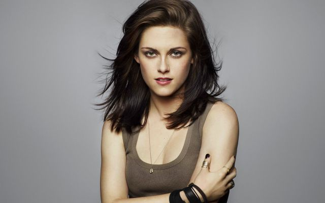 Cute-Hollywood-Actresses-kristen-stewart