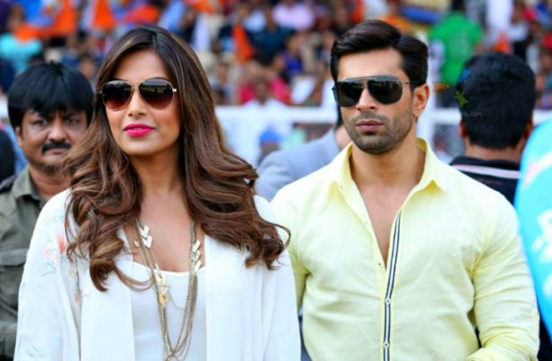 Karan-Singh-Grover-and-Bipasha-Basu