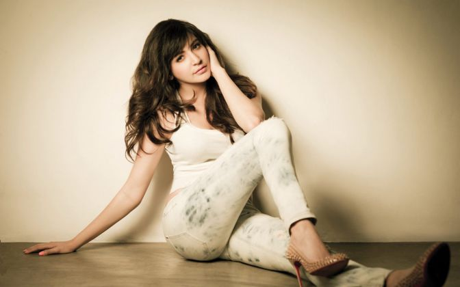 hottest-bollywood-actresses-anushka-sharma