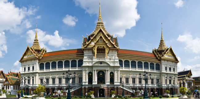 places-to-visit-in-bangkok-Grand-Palace