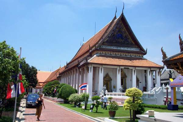 places-to-visit-in-bangkok-National-Museum-Wang-Na-Palace