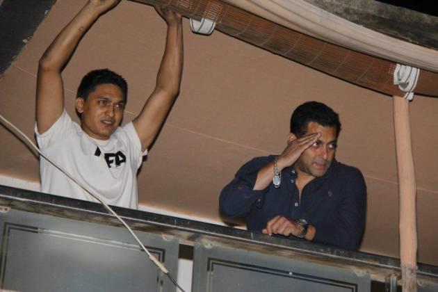 salman-khan-house-balcony