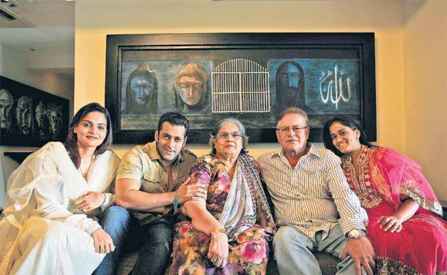 salman-khan-house-with-family