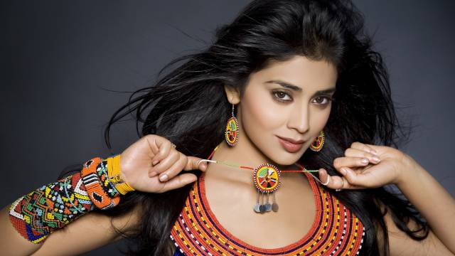 Actress-Shriya-Saran