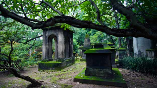 South-Park-Cemetery-Kolkata