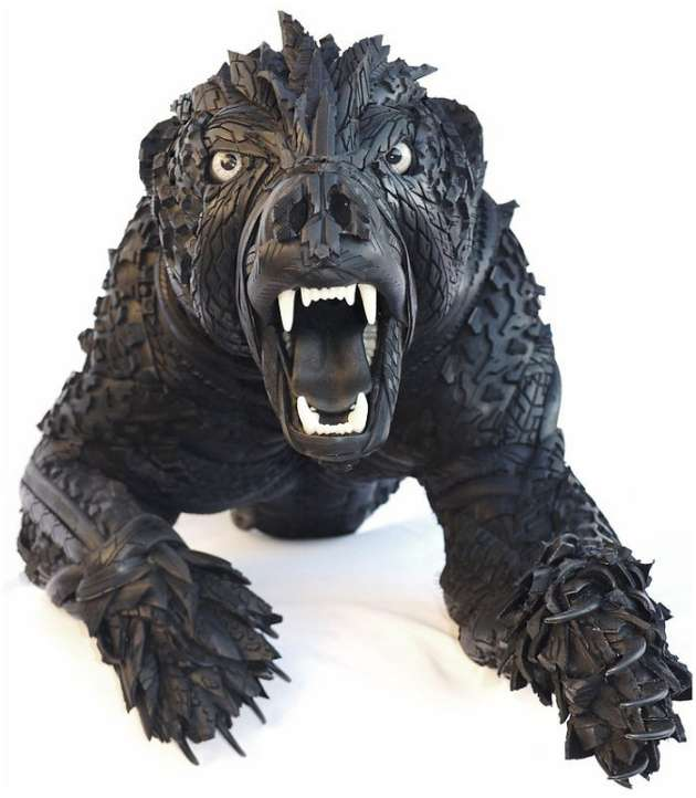 Blake-McFarland-Tire-Sculptures-Bear