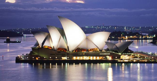 Famous-Buildings-Sydney-Opera-House-Australia