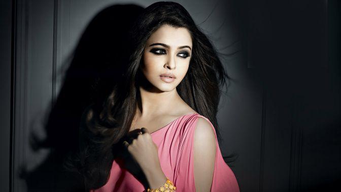 Gorgeous-Women-Aishwarya-Rai-Bachchan